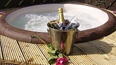 courtyard-cottage-2-hot-tub-585