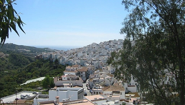 view over Torrox rooftops to the sea